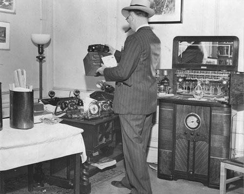 2_BookieRaid.Layoff.Apt.1943